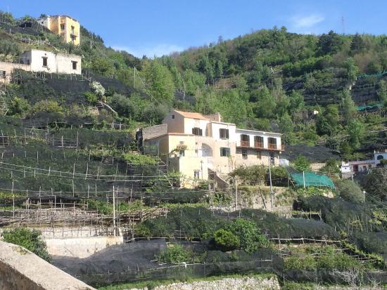 Maiori, إيطاليا: Citronstien, der går mellem byerne Maiori og Miniori