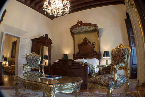 Hotel Virrey De Mendoza Master Suite