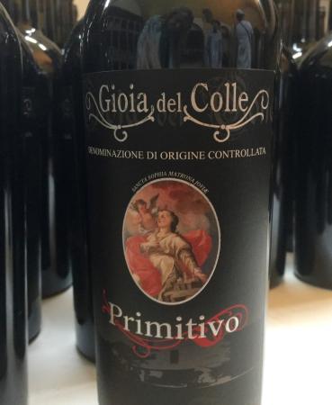 Experience Puglia : Gioia del Colle's famous wine