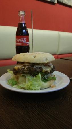 Devils Burger