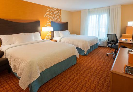 Fairfield Inn & Suites Tulsa Downtown: Queen/Queen Guest Room