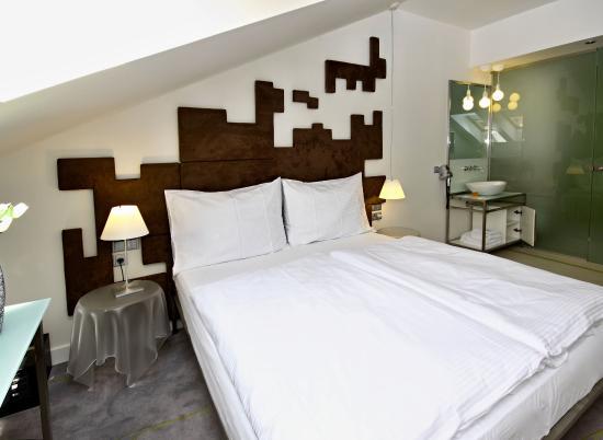 Pure White: Triple Room