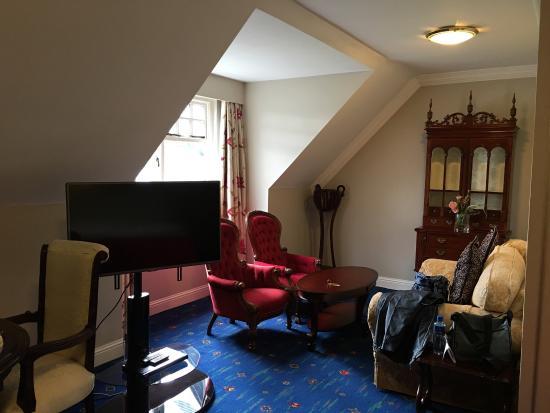 Randles Hotel: photo1.jpg