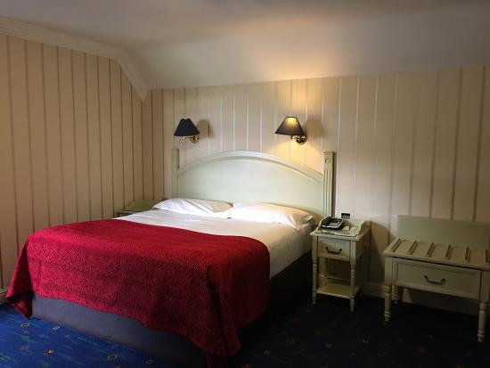 Randles Hotel: photo2.jpg