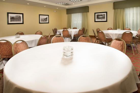 Hampton Inn Kimball Meeting Room