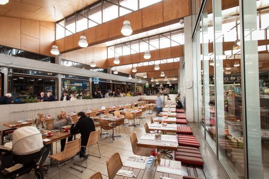 Southport, Austrália: Brickworks Marketplace