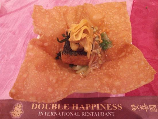 Double Happiness International Restaurant: Foto salah satu menu Double Happiness, kombinasi tim money bag dgn taiwan tofu jamur lingtzi & e
