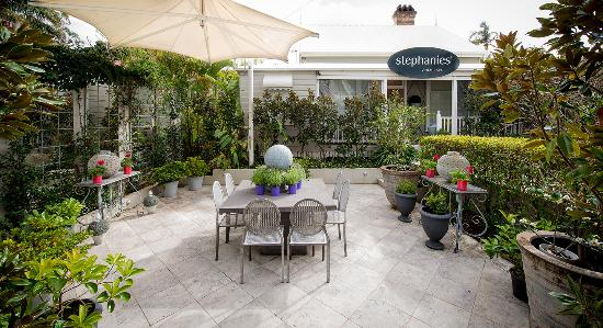 Cleveland, Austrália: Quaint garden courtyard for high tea alfresco style