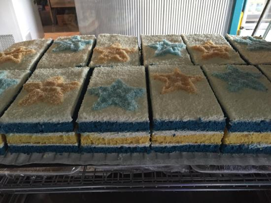 Tully, Australia: Great cakes