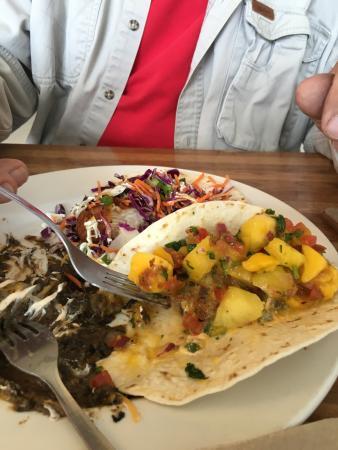 Tioga Gas Mart & Whoa Nellie Deli: Great Fish Tacos