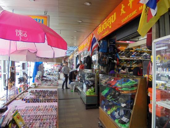 Santisuk Market