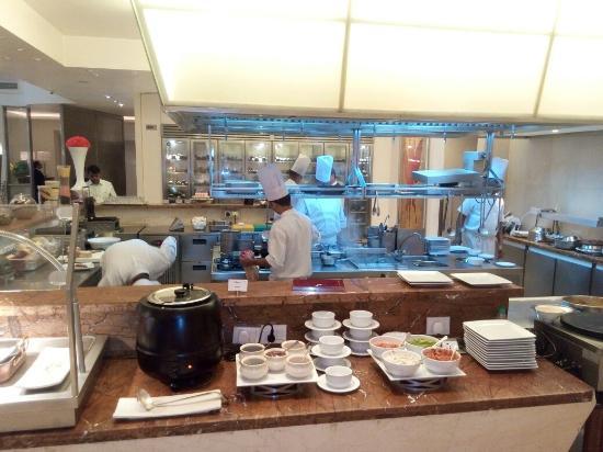 Live kitchen at Citrus - Picture of Citrus, Mumbai - TripAdvisor