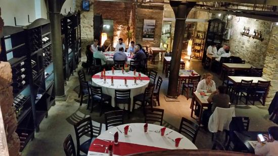 La Corte Restaurant : Vista interna do restaurante (subsolo)