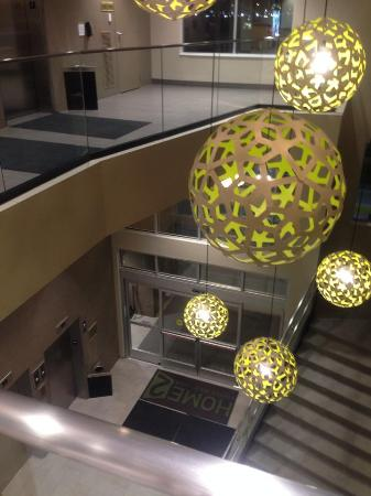 Home2 Suites By Hilton Minneapolis Bloomington: Entrance And Modern  Decoration