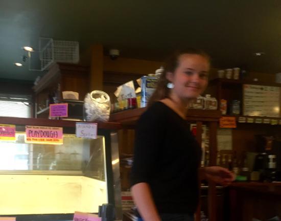 Sama's Cafe: interior