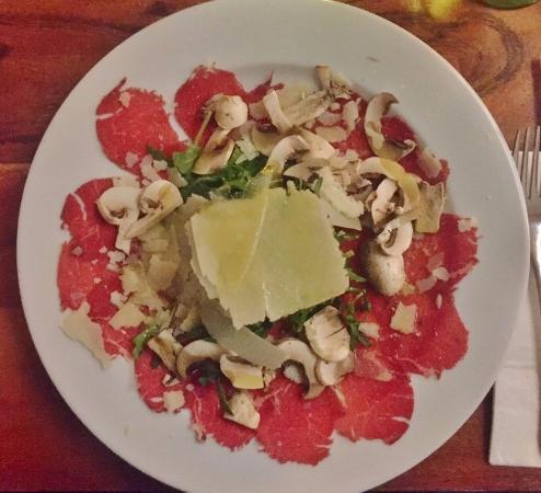 Gusto da Gianni: Beef Carpaccio (entree)