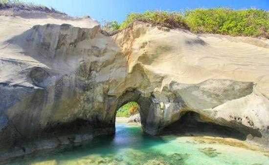 Keindahan pulau Enggano di Bengkulu Utara - Wartawanita.com