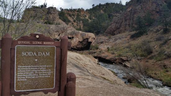 Soda Dam Hot Springs : Soda Dam Historical Marker