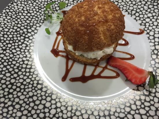 La Marmite : chou dans un chou caramel de beurre salé