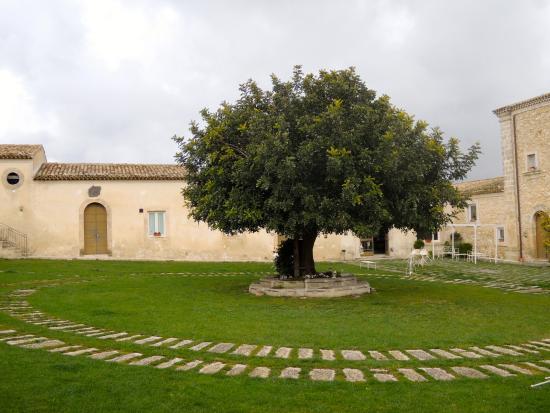 Vizzini, Włochy: la corte interna