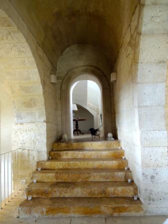 Vizzini, Włochy: le scale che portano al ristorante