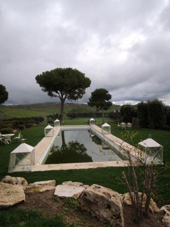 Vizzini, Włochy: particolare del giardino