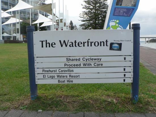 The Entrance, Australia: The sign at the waterfront