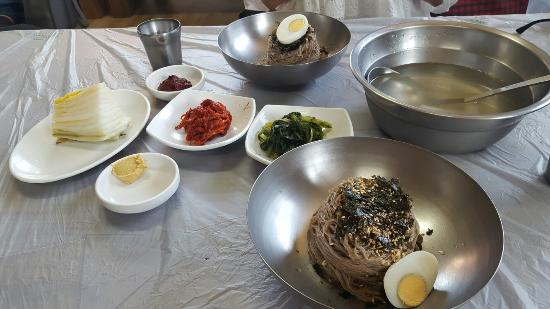 Where to Eat in Goseong-gun: The Best Restaurants and Bars