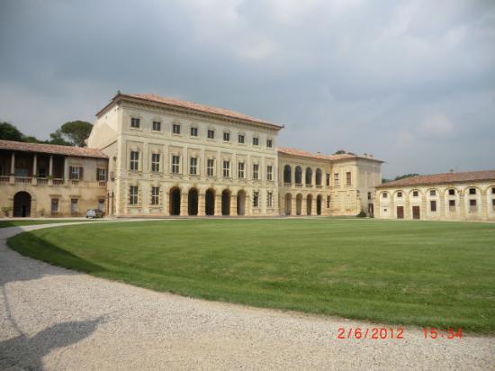 """Villa Sagramoso, detta """"Il Castello"""" - Comune di Zevio"""