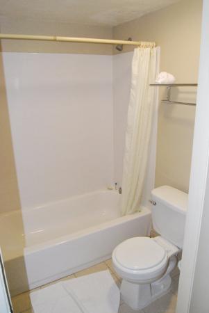 Redlands, CA: Banheiro