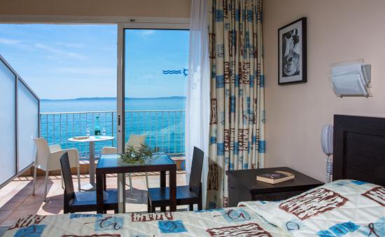 Roc-Hôtel : Chambre 1er étage vue mer