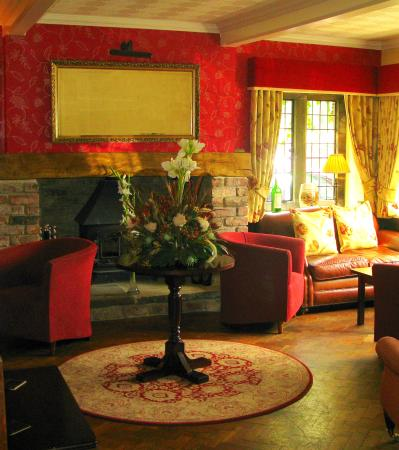 The Mallyan Spout Hotel : Lounge Area