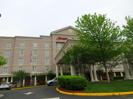 Homewood Suites by Hilton across the street - Picture of Hampton Inn ...