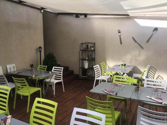 Auriol, Francia: Le patio secret de pâtes