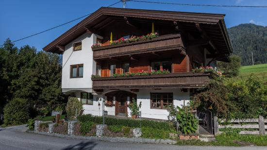 Photo of Alpbach Apartments Reith im Alpbachtal