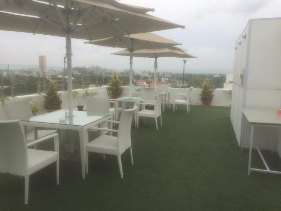 St mark 39 s hotel desde s 293 bangalore india for Terrace 6 indore address