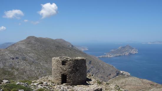 Aegiali, Hellas: Old windmills, 600 m high