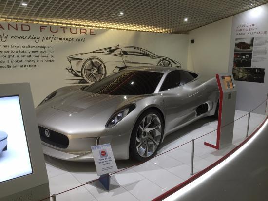 Coventry, UK: Jaguar CX75