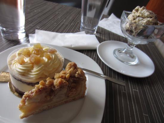 Aegiali, Grecia: Apple pie and ice cream