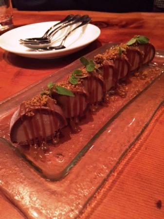 Umami: Sea Salt & Caramel Cookie Dough Roll
