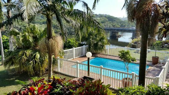 The Tweni Waterfront Guest Lodge: IMG-20160501-WA0036_large.jpg