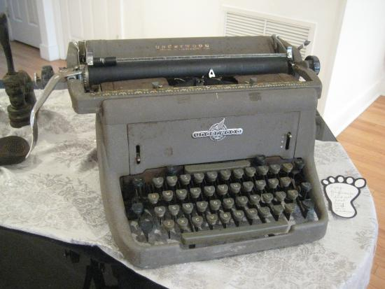 Mount Dora, FL: I learned to type on an old Royal similar to this typewriter