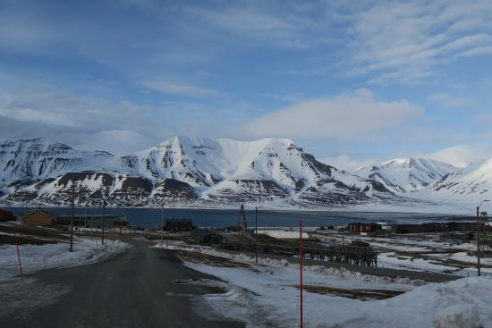 Svalbard Kirke: view from the church – nice walk up there