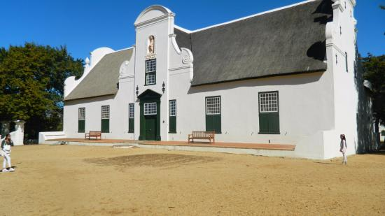 Constantia, Sydafrika: Lovely antique buildings