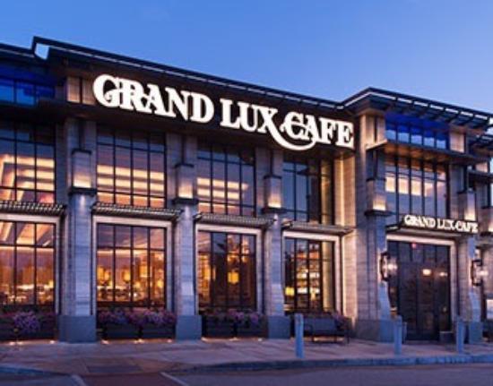 Grand Lux Cafe Garden City