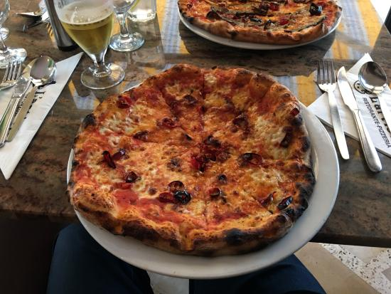 Pizza Picture Of Lartista Watford Tripadvisor
