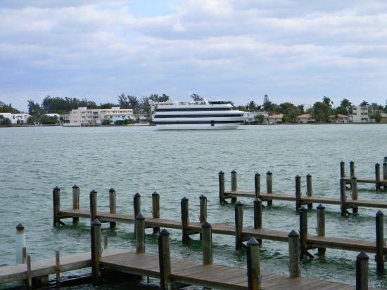 North Bay Village, FL: Blick aufs Wasser und Miami Beach