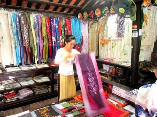 The Old House of Phun Hung : Nice Ao Dai traditional dress on sale