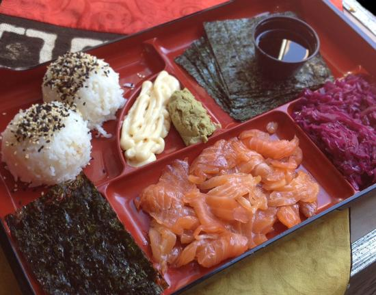 Teaism Restaurant: Roll Your Own Handroll Bento Box
