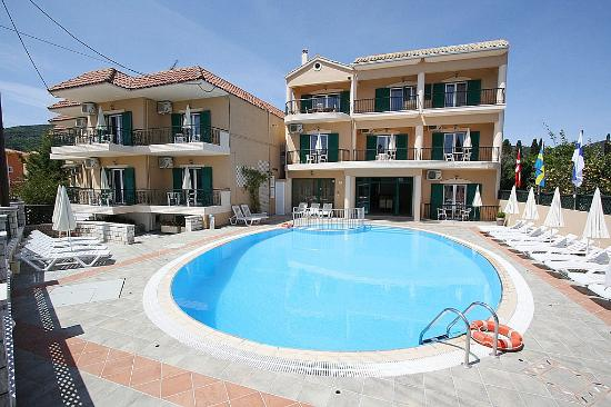Konstantinos Hotel Apartments